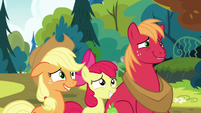 Apple siblings want to hear more about their parents S7E13