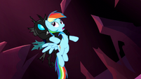 Changeling catches Rainbow Dash S5E13