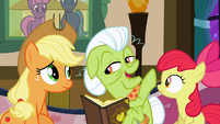 Granny Smith doesn't think the quilt will ever be finished S3E8