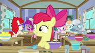 S06E04 Apple Bloom na zajęciach kucharskich