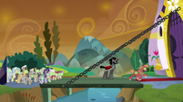 Sombrafied Big Mac stampedes the gates S9E2
