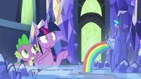 Spike closing Twilight's agape mouth S7E10