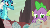Spike touching cold dragon eggs S9E9