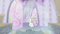 Sweetie Belle entering a steam room S9E23