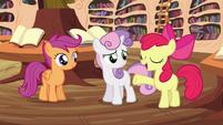 """Apple Bloom """"liftin' brooms'll be a cinch!"""" S4E15"""