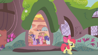 Apple Bloom leaving the library S1E09