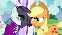 """Applejack """"can't see when somepony's usin' her"""" S5E24"""