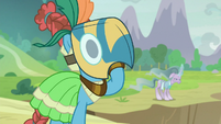 Meadowbrook and Mistmane ready for battle S9E24