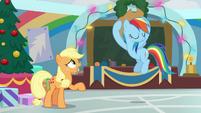Rainbow Dash puts on Applejack's hat BGES1