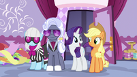Rarity -we judges will offer our guidance- S7E9