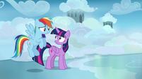 Twilight and Rainbow amused by Sky Stinger's ego S6E24