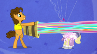 Cheese launches streamers onto the pony's face S4E12