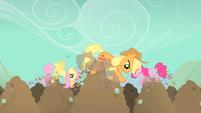 Pinkie Pie Fluttershy Applejack diggy hole S01E19