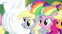 Pinkie Pie and Derpy smiling S4E10