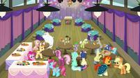 Ponies having refreshments during break S9E16