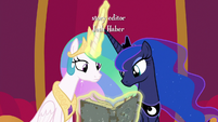 Princess Celestia and Luna reading Star Swirl's journal S7E25