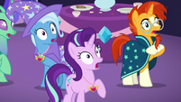Starlight, Trixie, and Sunburst gasp in shock S7E1