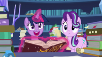 Twilight Sparkle makes a great discovery S7E26