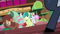Friendship students scared of Iron Will S8E15