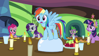 Rainbow Dash and friends shocked S03E10