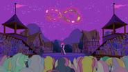 S03E05 Twilight lewituje zwierzęta
