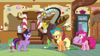 """Twilight """"I'm glad you all had such a good time together"""" S5E22"""