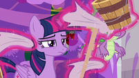 Twilight Sparkle levitating cleaning supplies S8E16