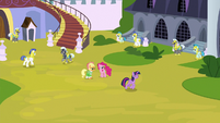 Twilight pacing outside Canterlot Castle S9E4
