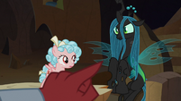 Lord Tirek pointing at Queen Chrysalis S9E8