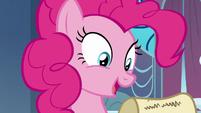 "Pinkie Pie ""glitter the carpet"" S9E13"