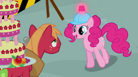 Pinkie Pie guiding Big Mac S2E24
