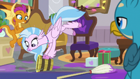 Silverstream tries to smash a bucket S8E16