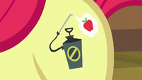 Apple Bloom's pest pony cutie mark S5E04