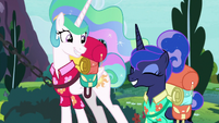 Celestia and Luna excited for vacation S9E13