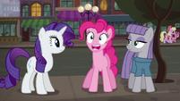 Pinkie Pie accentuating --R-- sound S6E3