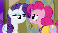 Pinkie Pie confronting Rarity S6E12