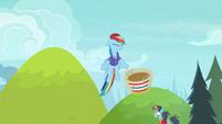 Rainbow bounces the ball off her head S8E17