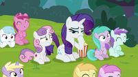 Rarity laughing at the puppet show S7E6
