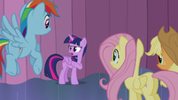 """Twilight """"you should probably tell the crowd outside"""" S6E2"""