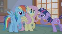 """Twilight sarcastically """"Oooohs"""" at Rainbow's dramatization S1E09"""