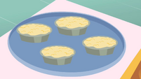 Unbaked pies S01E22