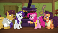 """Pinkie Pie """"I'm taking this out there!"""" S6E12"""