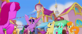 Twilight Sparkle flies through Canterlot MLPTM