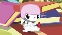 Angel Bunny with a swollen foot S7E5