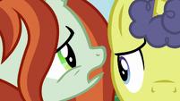 Crackle whispers in Unicorn Baker's ear S9E24