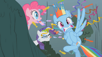 Rainbow Dash victim of Pinkie Pie S01E07