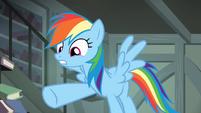 Rainbow trying to help Daring S4E04