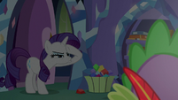 Rarity squinting into the darkness S9E19