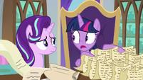 "Twilight ""you say Twilight-ing, too?"" S9E1"