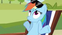 Rainbow Dash shrugs S3E3